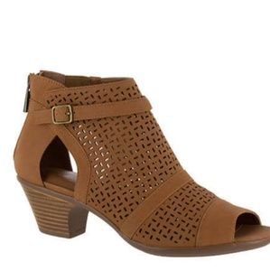 *Bootie Shoes, Tan, Carrigan Sz 9N